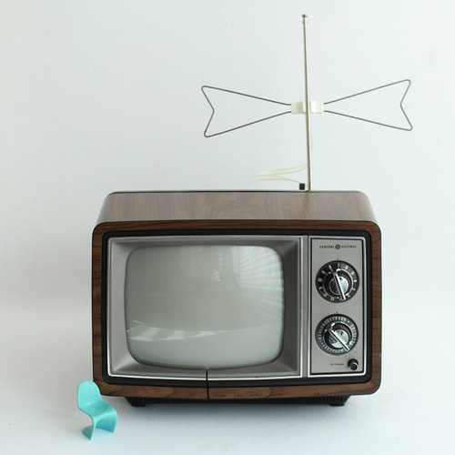 vintage GE TV (sale)