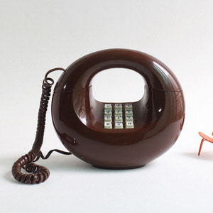 VINTAGE WESTERN ELECTRIC BROWN DONUT TELEPHONE